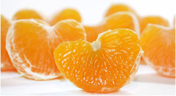 Doktor Ini Terang Cara Betul Makan Limau Mandarin, Nanti Taklah Batuk Atau Sakit Tekak