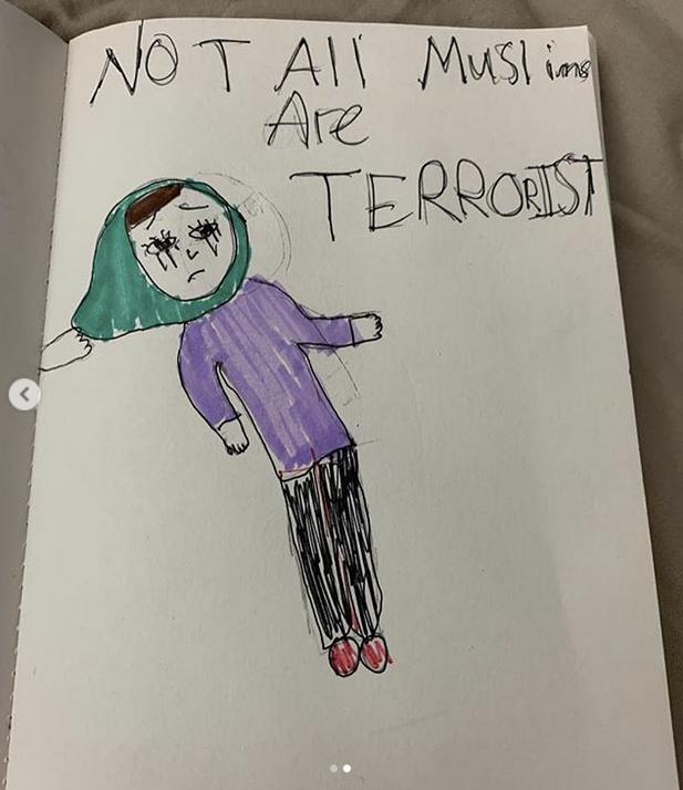 Lukisan Tragedi Berdarah Di New Zealand Ini, Dari Luahan Hati Anak Aaron Aziz