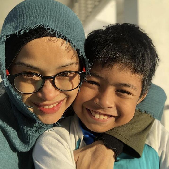 Asal Mak Whatsapp Suruh Balik, Norkhiriah Meluru Cari Date Berkumpul Di Kampung